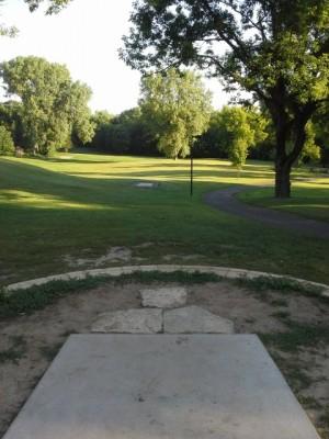 Hansen Park, Main course, Hole 11 Long tee pad