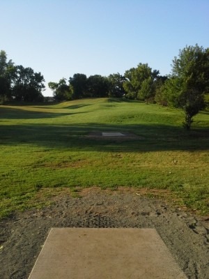 Hansen Park, Main course, Hole 4 Long tee pad