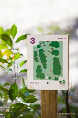 Acorn Park, Main course, Hole 3 Hole sign