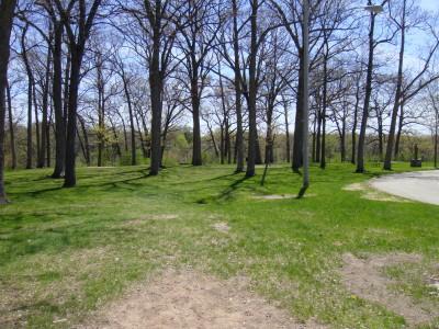 Pierce Park, Main course, Hole 1 Tee pad