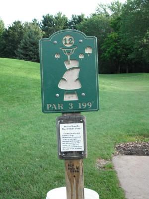 Plamann, Apple Creek, Hole 12 Hole sign