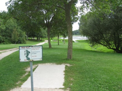 Crystal Lake Park, Main course, Hole 13 Tee pad
