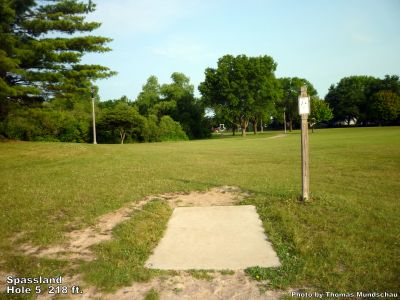 Spassland, Main course, Hole 5 Tee pad