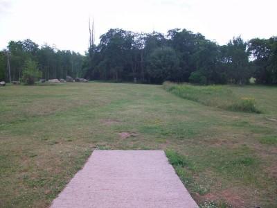 Chestnut Grove, Main course, Hole 1 Tee pad