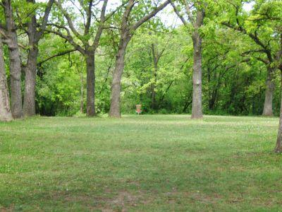 Lustig Park, Main course, Hole 13 Tee pad