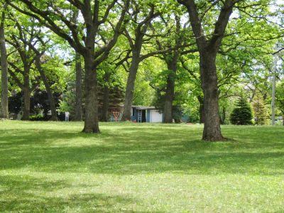 Lustig Park, Main course, Hole 14 Tee pad