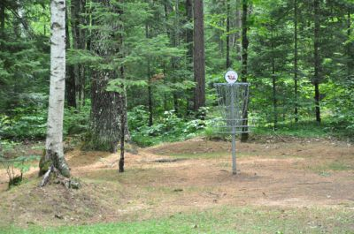 Sandy Point Resort Disc Golf Ranch, Main course, Hole 18 Short approach