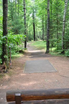 Sandy Point Resort Disc Golf Ranch, Main course, Hole 13 Tee pad