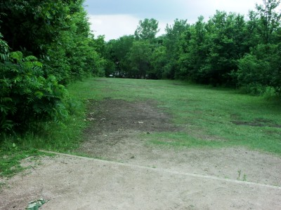 Hiestand Park, Main course, Hole 18 Short tee pad