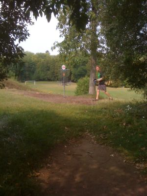 Silver Creek Park, Main course, Hole 13 Short approach
