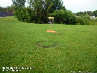 Homestead High School, Main course, Hole 9 Putt