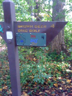 Brown Deer Park, Main course, Hole 4 Hole sign