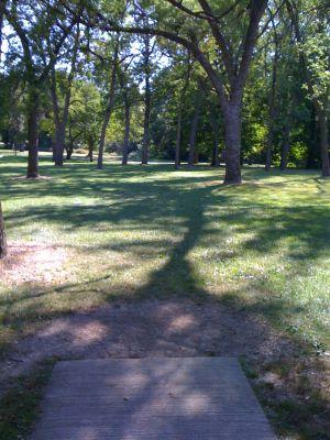 Brown Deer Park, Main course, Hole 11 Tee pad