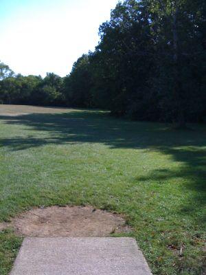 Brown Deer Park, Main course, Hole 6 Tee pad