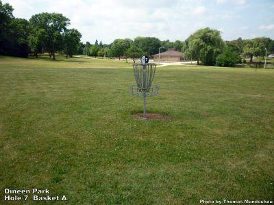 Dineen Park, Main course, Hole 7 Putt