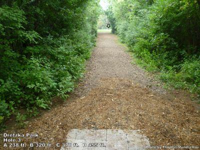 Dretzka Park, Main course, Hole 3 Tee pad