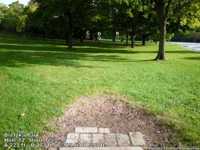 Dretzka Park, Main course, Hole 12 Short tee pad