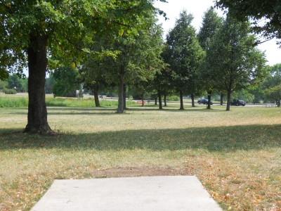 Winnebago County Park, Main course, Hole 1 Tee pad