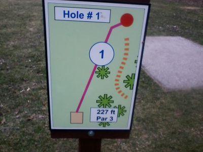 H.A. Meyer Park, Main course, Hole 1 Tee pad