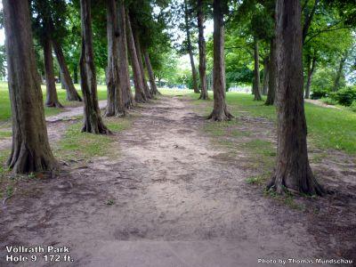 Vollrath Park, Main course, Hole 9 Tee pad