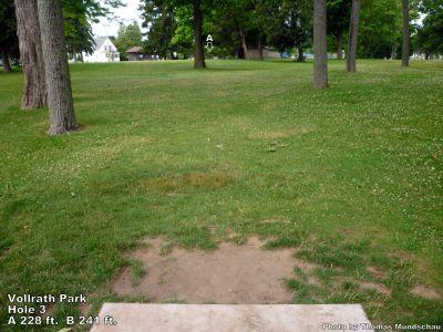 Vollrath Park, Main course, Hole 3 Tee pad