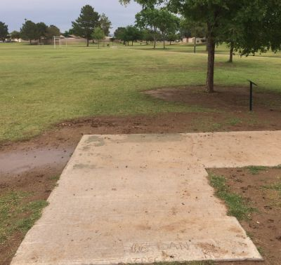 Conocido Park, Main course, Hole 16 Tee pad