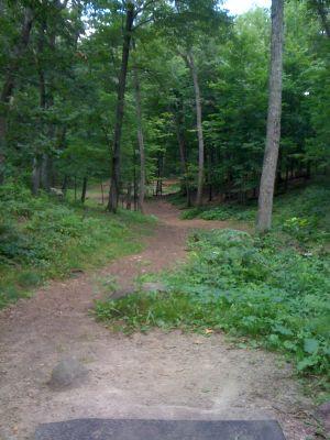 Standing Rocks, Main course, Hole 6 Tee pad