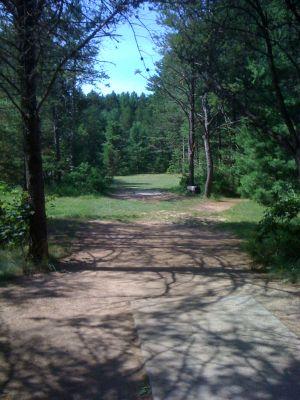 Yulga, Main course, Hole 2 Long tee pad