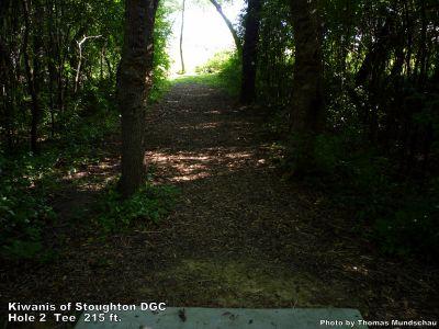 Kiwanis of Stoughton DGC, Main course, Hole 2 Tee pad