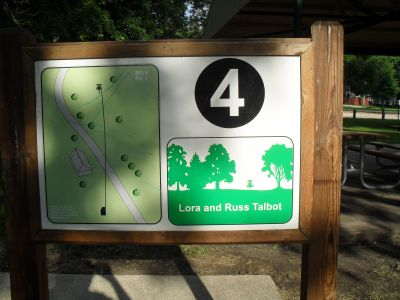 River DGC, Main course, Hole 4 Hole sign