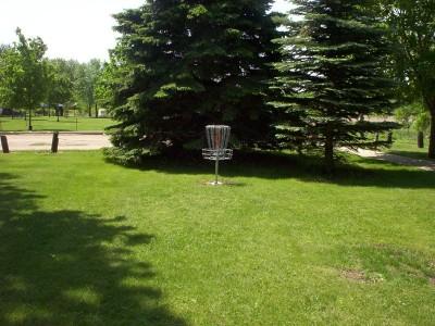 River DGC, Main course, Hole 7 Putt