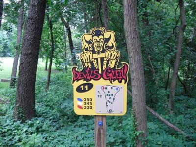 Devil's Glen, Main course, Hole 11 Hole sign