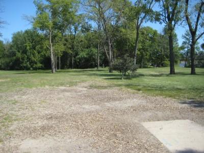 Tourist Park, Main course, Hole 1 Tee pad