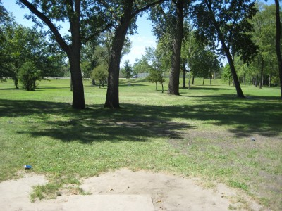 Tourist Park, Main course, Hole 5 Tee pad