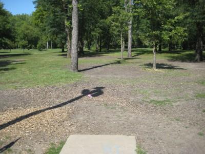 Tourist Park, Main course, Hole 8 Tee pad