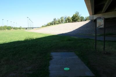 Thunderbird-Paseo, Main course, Hole 18 Tee pad