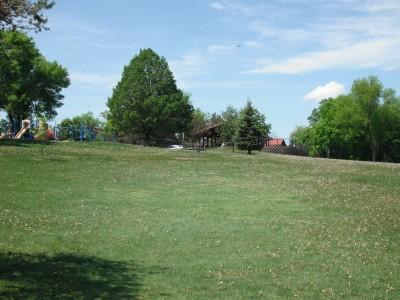 Jones Park, Main course, Hole 11 Tee pad