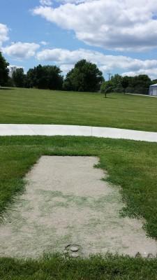 Eagle DGC - Memorial Park, Main course, Hole 8 Tee pad