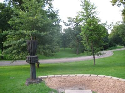Grandview Park, Main course, Hole 10 Long tee pad