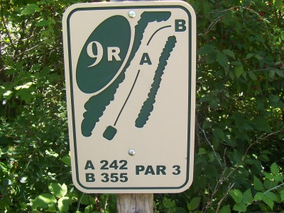Walnut Ridge Recreation Area, Main course, Hole 9 Hole sign