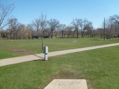East Park, Main course, Hole 2 Tee pad