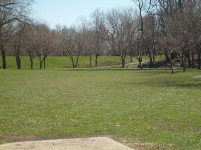 East Park, Main course, Hole 3 Tee pad