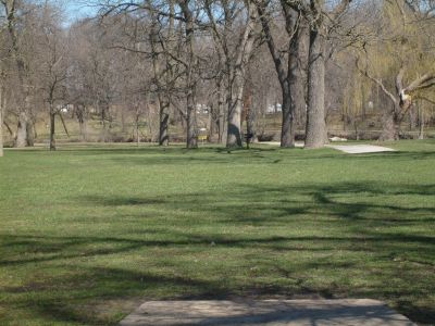 East Park, Main course, Hole 4 Tee pad