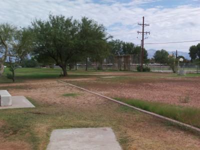 Groves Park, Main course, Hole 16 Short tee pad