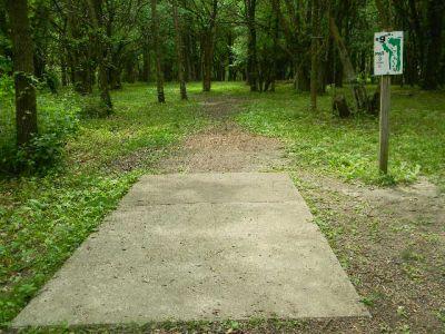 Fuller Park, Main course, Hole 9 Tee pad