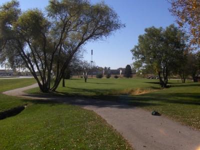 Centennial Park, Main course, Hole 3 Tee pad