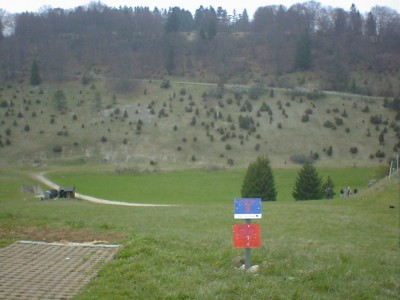 Discgolf Parcours Söhnstetten, Main course, Hole 5 Tee pad