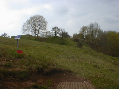 Discgolf Parcours Söhnstetten, Main course, Hole 2 Tee pad