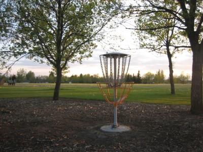 Nicholas Sheran Park, Main course, Hole 17 Putt