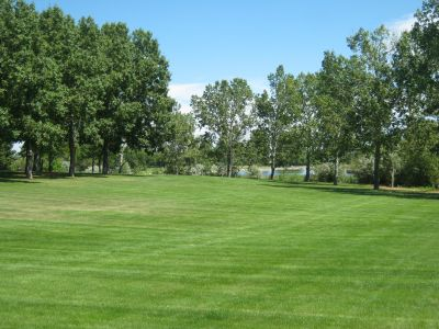 Nicholas Sheran Park, Main course, Hole 10 Middle tee pad